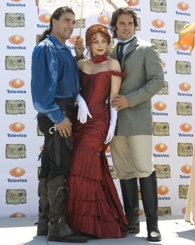 http://www.miblogdecineytv.com/imagenes/novelas/CorazonSalvaje2009.jpg